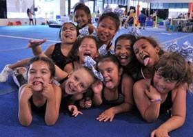 mini cheer students